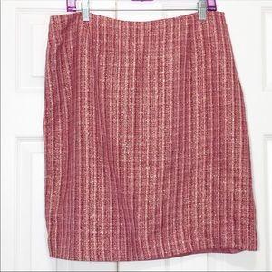 Pink Tweed Skirt With Metallic Thread